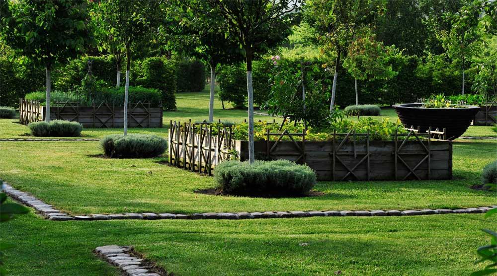 Verger potager les jardins du chaigne for Agencer un jardin potager
